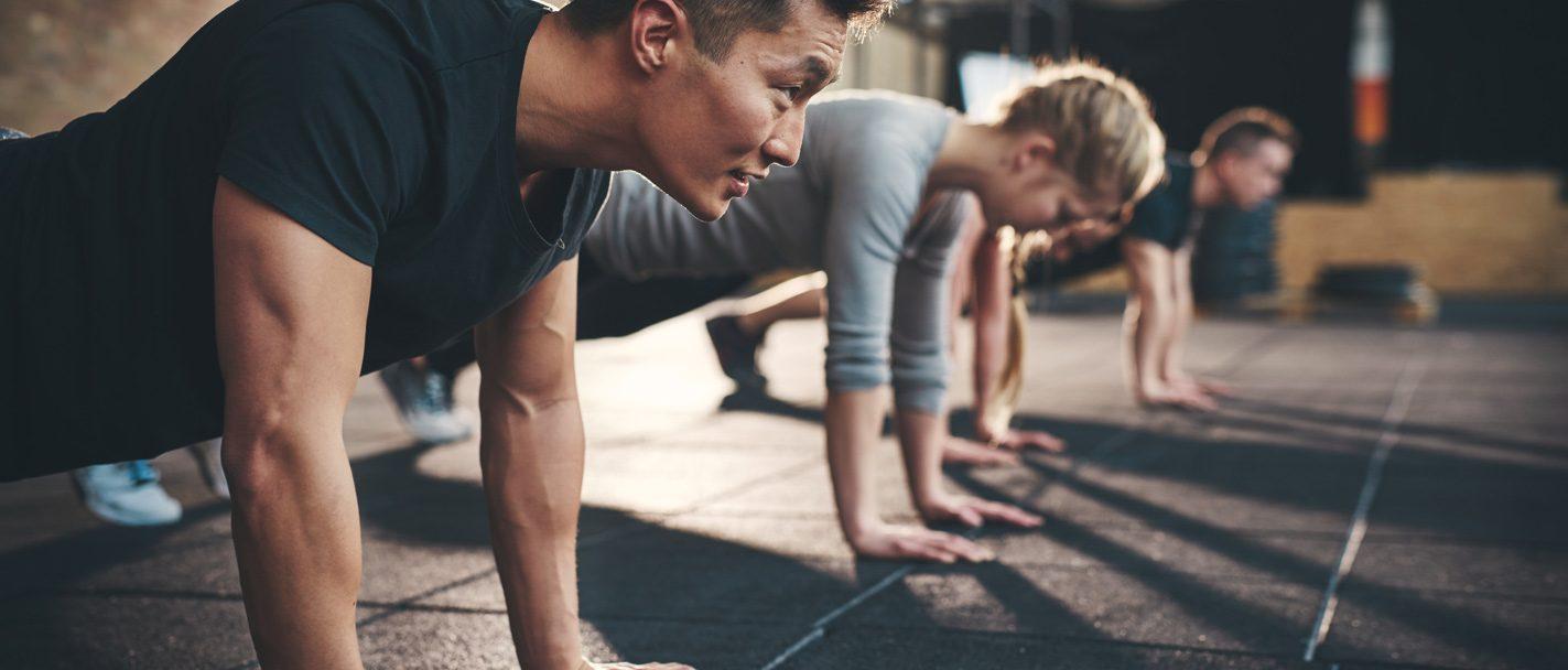 Fitnessstudio Eggenfelden Liegestütz Training